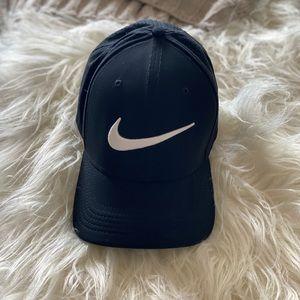 Nike dry fit cap